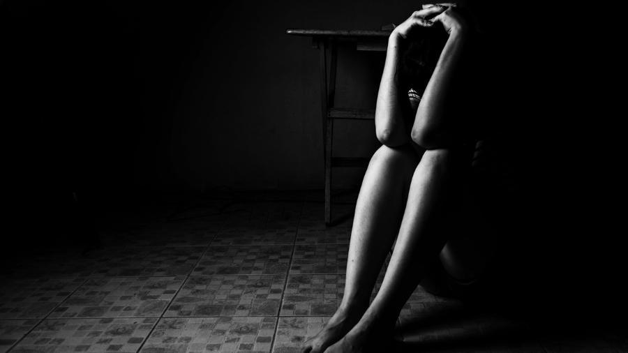 Grávida,  menina de 13 anos morre após ser estuprada pelo próprio pai - Imagem 1