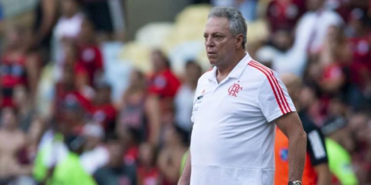 Abel cobra Flamengo por premiação de títulos