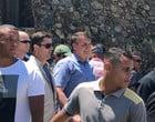 Jair Bolsonaro visita Farol da Barra durante férias em Salvador