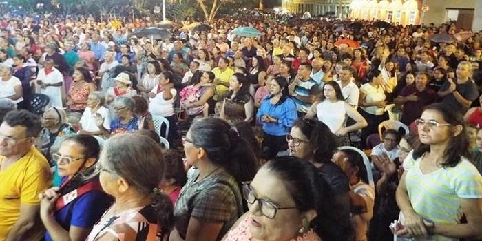 Última novena da Imaculada Conceição é marcada por multidão de fiéis