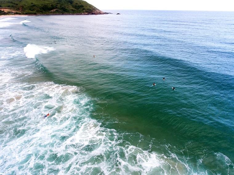 Praias para surfar e viajar pelo Brasil