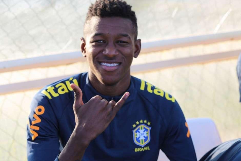 Barcelona está perto de contratar Vitão- zagueiro do Palmeiras