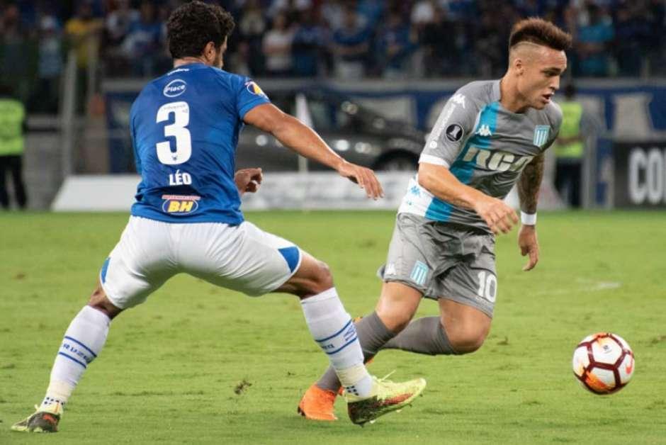 Duelo entre Cruzeiro e Emelec é adiado