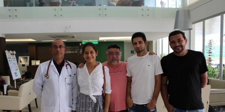 Paciente de transplante renal do Hospital Unimed recebe alta em THE