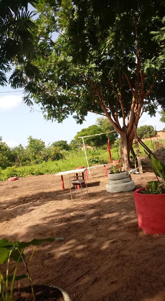 Moradoras de Parnarama criam primeira praça com conceito sustentável no município - Imagem 1