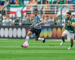 Botafogo acerta com Cícero