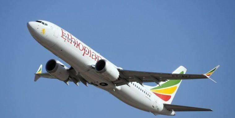 Apenas 1 companhia aérea brasileira usa o modelo que caiu na Etiópia