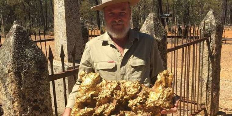 Maior pepita de ouro da história foi encontrada na Austrália