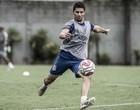 Danilo Avelar recupera a confiança com Fábio Carrille