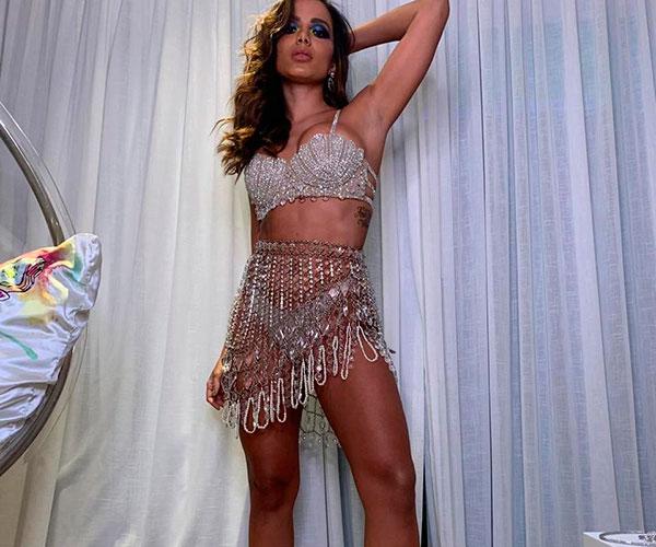 """Anitta """"barrou"""" vários famosos de seu badalado aniversário no Rio"""