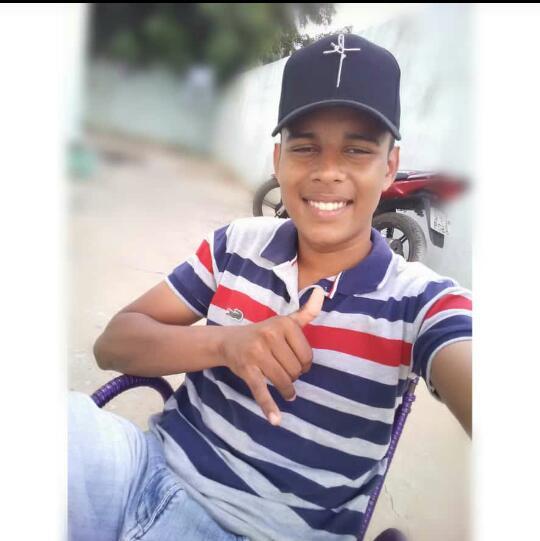 Jovem morre após colidir motocicleta em caminhão no interior do Piauí - Imagem 1