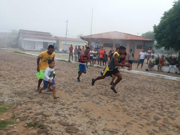 Torneios e jogo marcam segundo de programação em Santo Inácio do Piauí