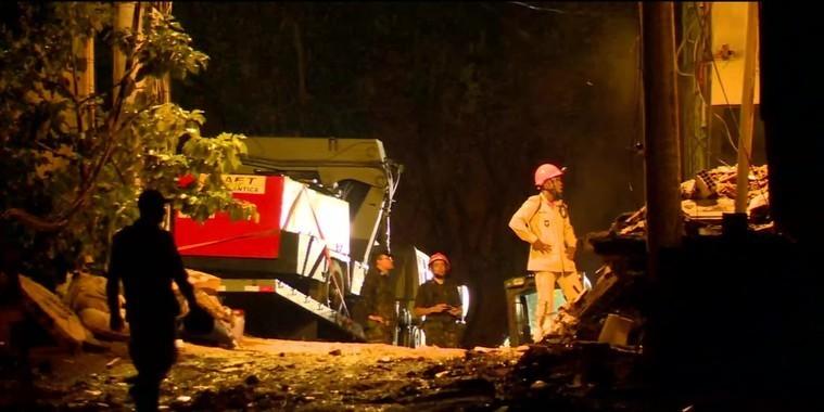 Corpo de mulher é achado em escombros;nº de mortos na Muzema vai a 10