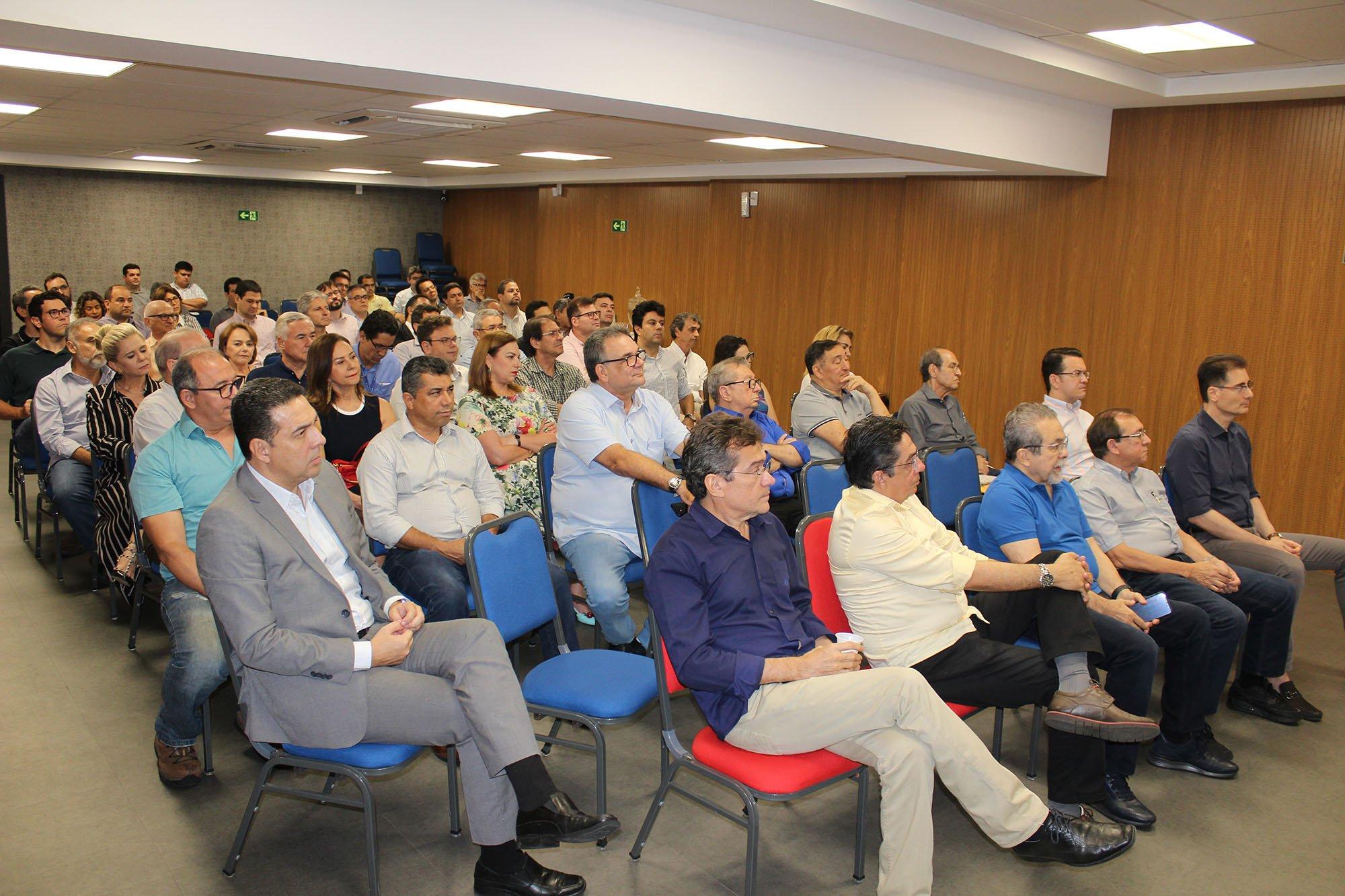 Freitas Neto compartilha experiência de gestão no Movimento Empreender - Imagem 3