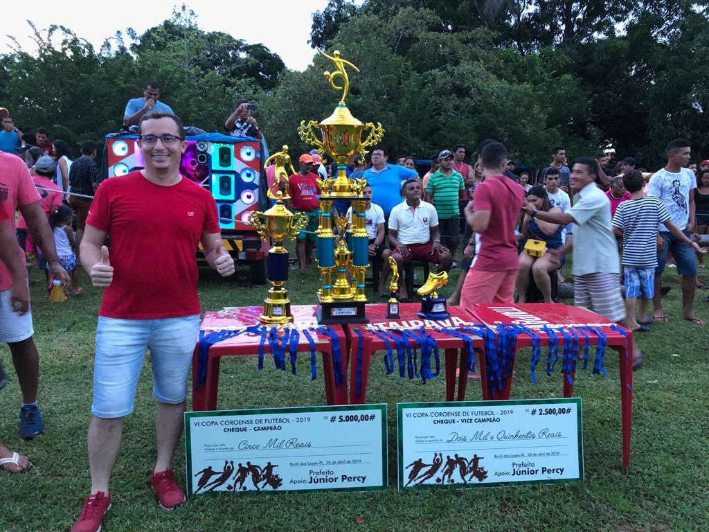 Prefeito Júnior Percy prestigia final da Copa Coroense e entrega premiação - Imagem 1