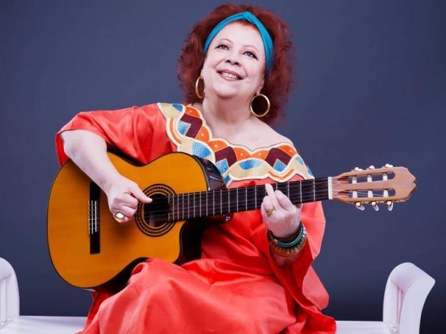 Beth Carvalho, a Madrinha do Samba, morre em hospital do Rio  - Imagem 1