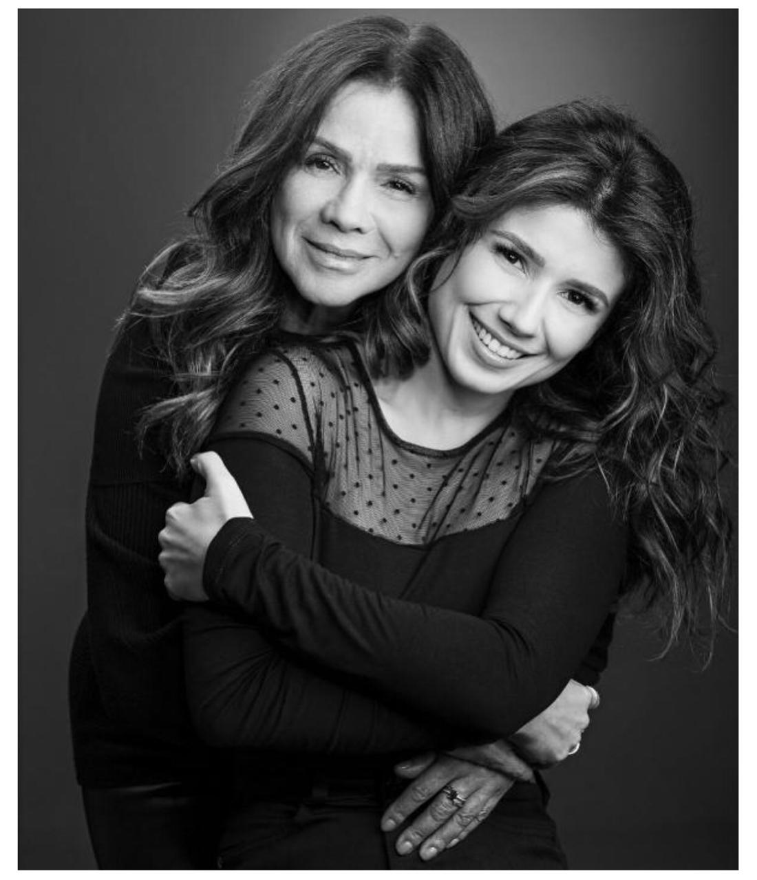 Em homenagem ao Dia das Mães, artistas fazem homenagem na web  - Imagem 1