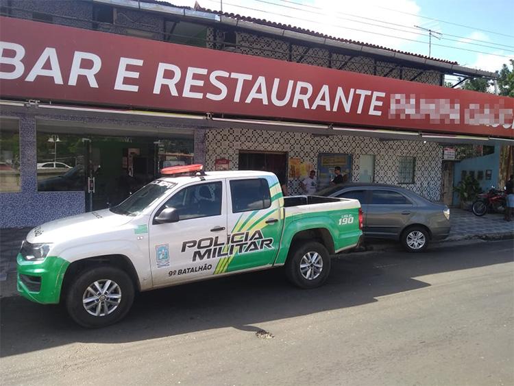 Criminosos fazem empresária refém e assalta restaurante em Teresina - Imagem 1