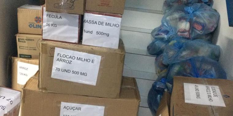 The Vejo no Centro arrecada 857 kg de alimentos
