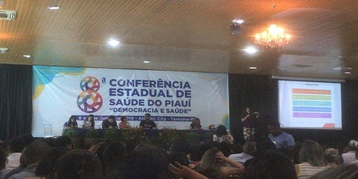 Equipe de Santo Inácio participa da  8ª Conferência Estadual de Saúde