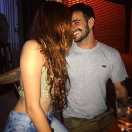 Ator trans Tarso Brant assume namoro com estudante de Psicologia - Imagem 1