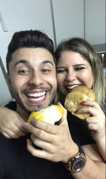 Grávida, Marília Mendonça se declara para pai de seu primeiro filho  - Imagem 3
