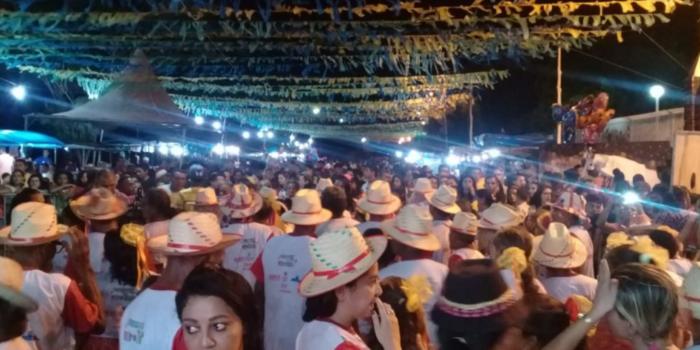 Vem ai o lll Festival Folclórico  de Barras