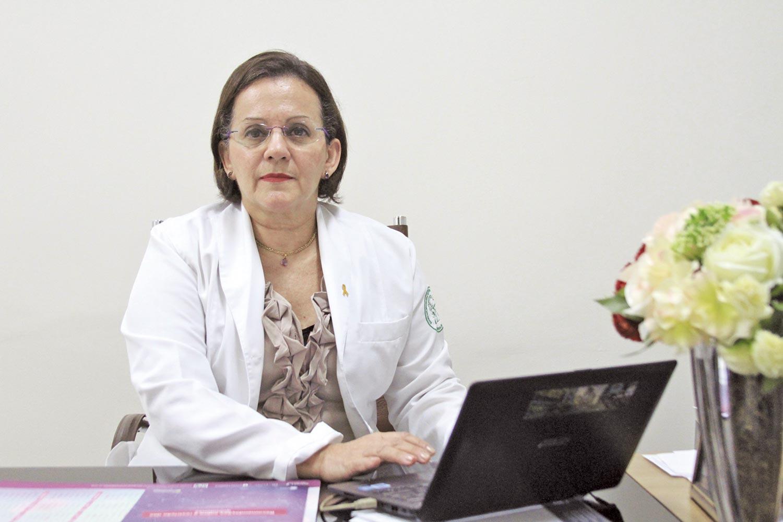 Kátia Marabuco, médica, escritora e uma das incentivadoras da medicina atrelada à espiritualidade no Piauí| Crédito: Raíssa Morais