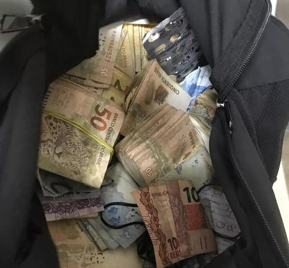 Dinheiro apreendido com chefe de facção no Ceará — Foto: Polícia Civil/Divulgação