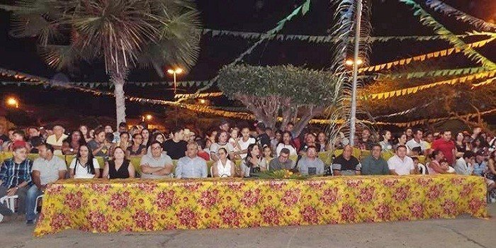 Público prestigia primeira noite do Encontro de Folguedos na Praça Manoel Nogueira Lima