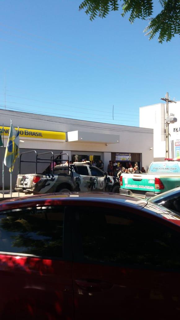 Mulher é feita refém dentro do Banco do Brasil de Bom Jesus - Imagem 2
