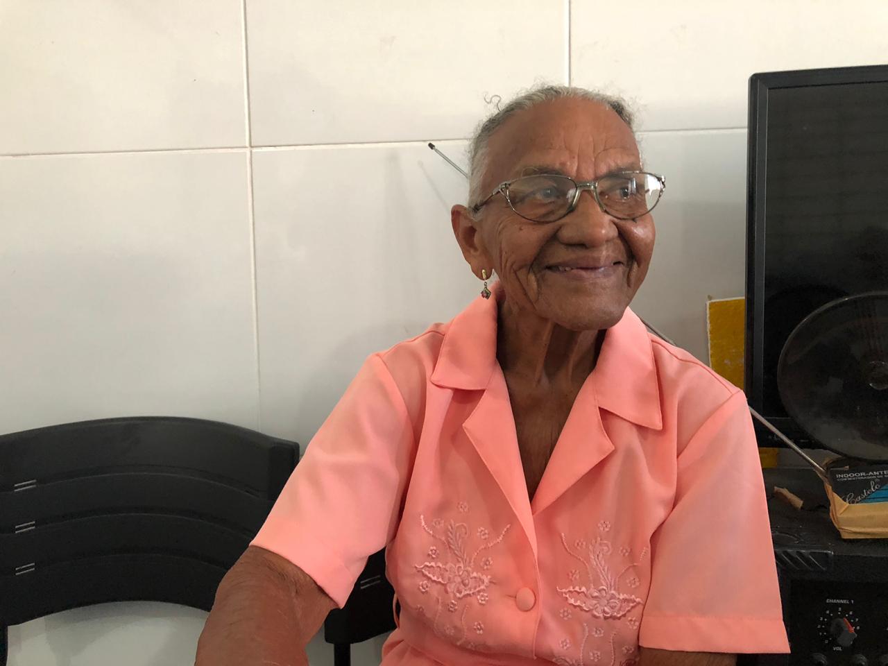 Lídia Teresa de Jesus, 85 anos, exalta os benefícios do projeto