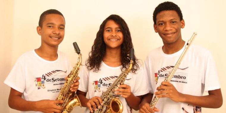 Trio Jovem de Simplício Mendes toca no Palácio da Música