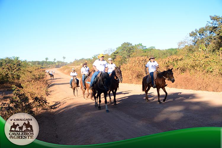Amigos mantem viva tradição e fazem 4ª Cavalgada Cavaleiros do Agreste - Imagem 4