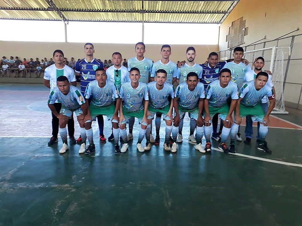 Seleção municipal de futsal vence de virada e se classifica para as quartas de final - Imagem 1