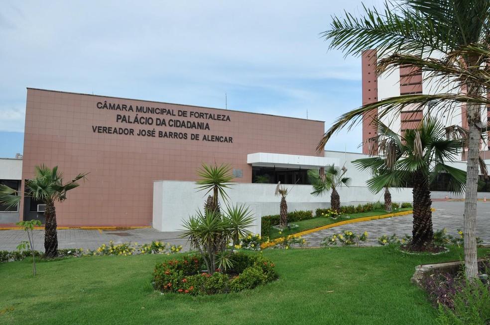 Câmara de Fortaleza  anuncia concurso com salários de até R$ 4,1 mil - Imagem 1