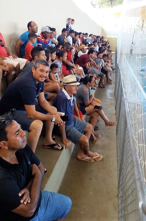 Seleção municipal de futsal vence de virada e se classifica para as quartas de final - Imagem 5