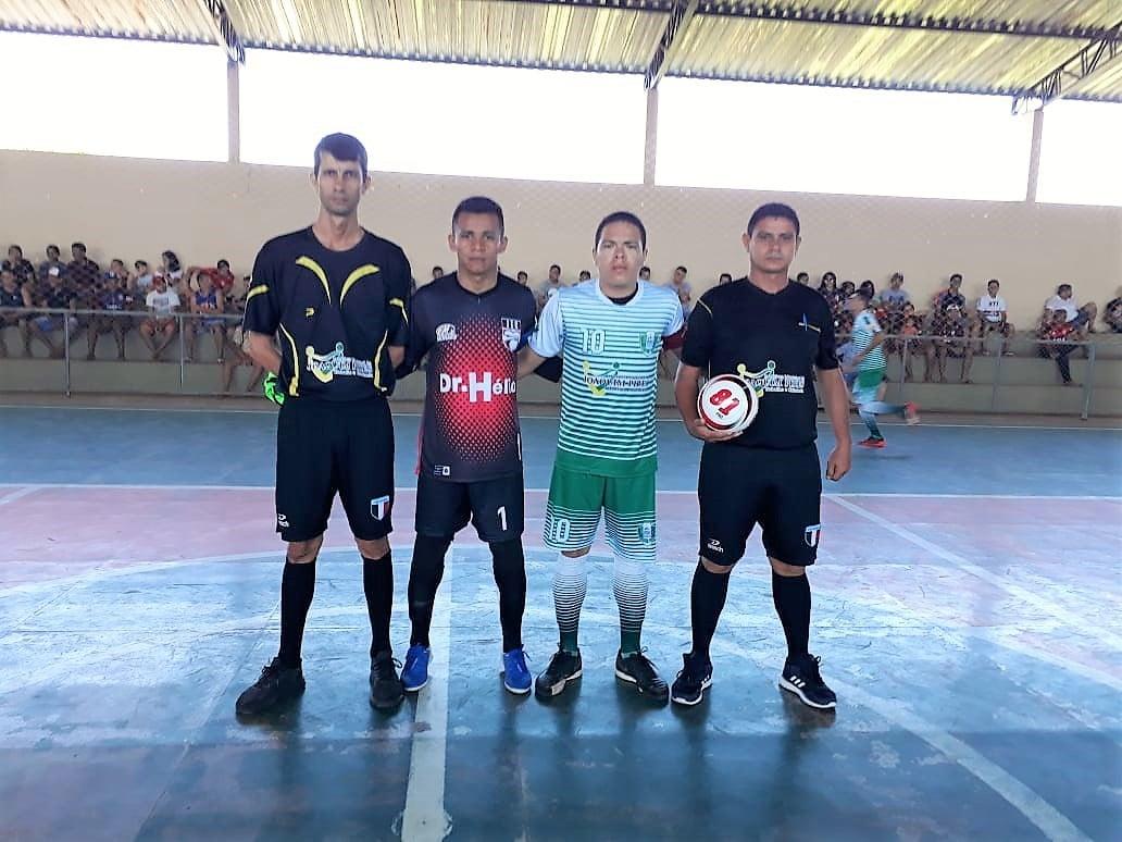 Seleção municipal de futsal vence de virada e se classifica para as quartas de final - Imagem 3