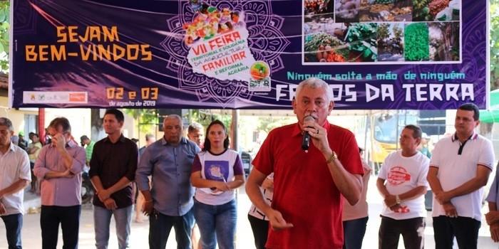 Prefeito participou da Feira da Agricultura Familiar em Miguel Alves