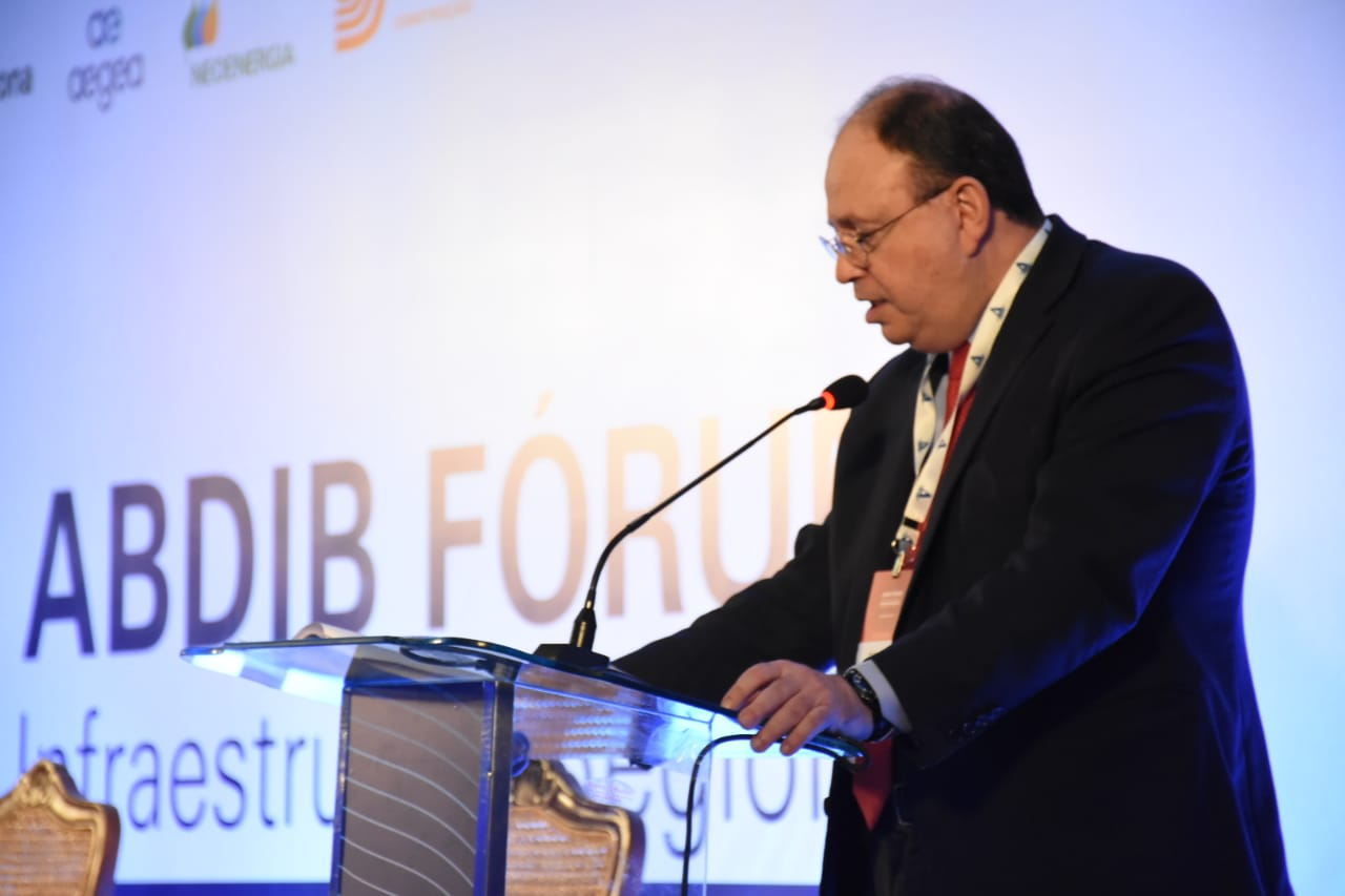 Presidente-executivo da Abdib, Venilton Tadini