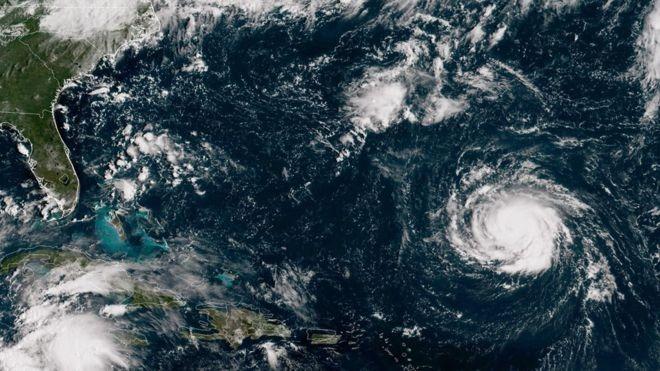 O furacão Florecence enquantyo se dirigia para a costa dos EUA, em setembro passado