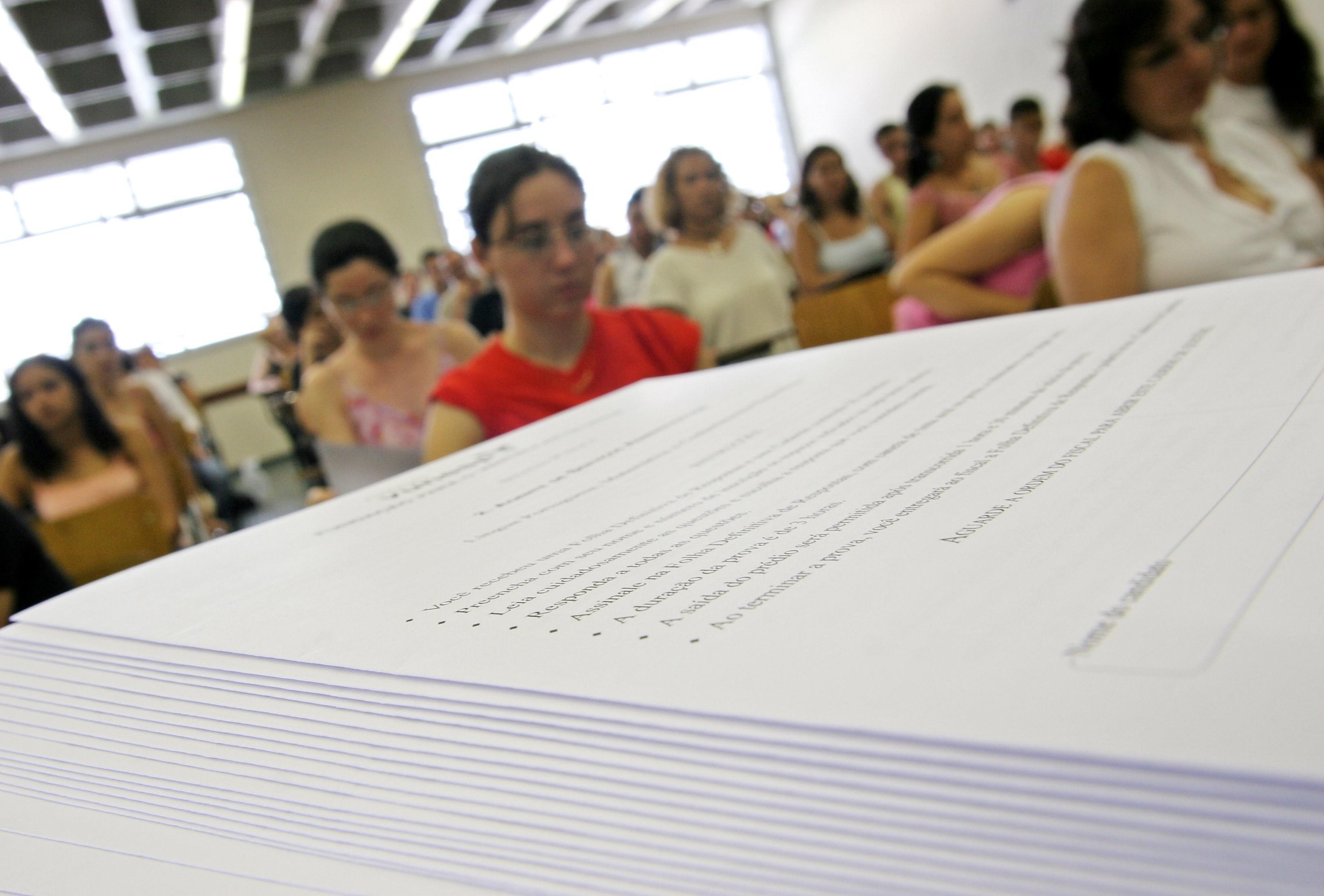 Quase 200 concursos abrem inscrições com salários de até R$ 35 mil - Imagem 1
