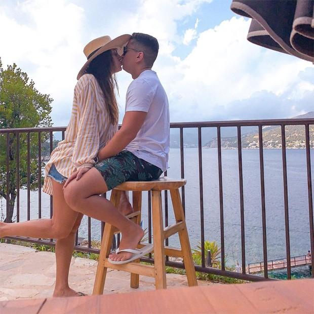 Irmão de Anitta curte férias com a mulher na Croácia; fotos! - Imagem 1
