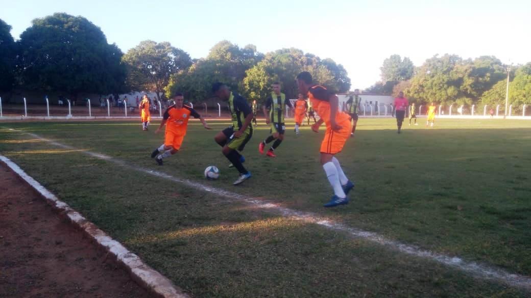 Seleção de Barro Duro vence na abertura da Copa Sertão de Futebol - Imagem 8