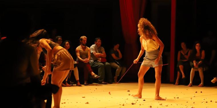 """Escola de Dança estreia """"Bonito Pra Chover"""" nesta sexta"""