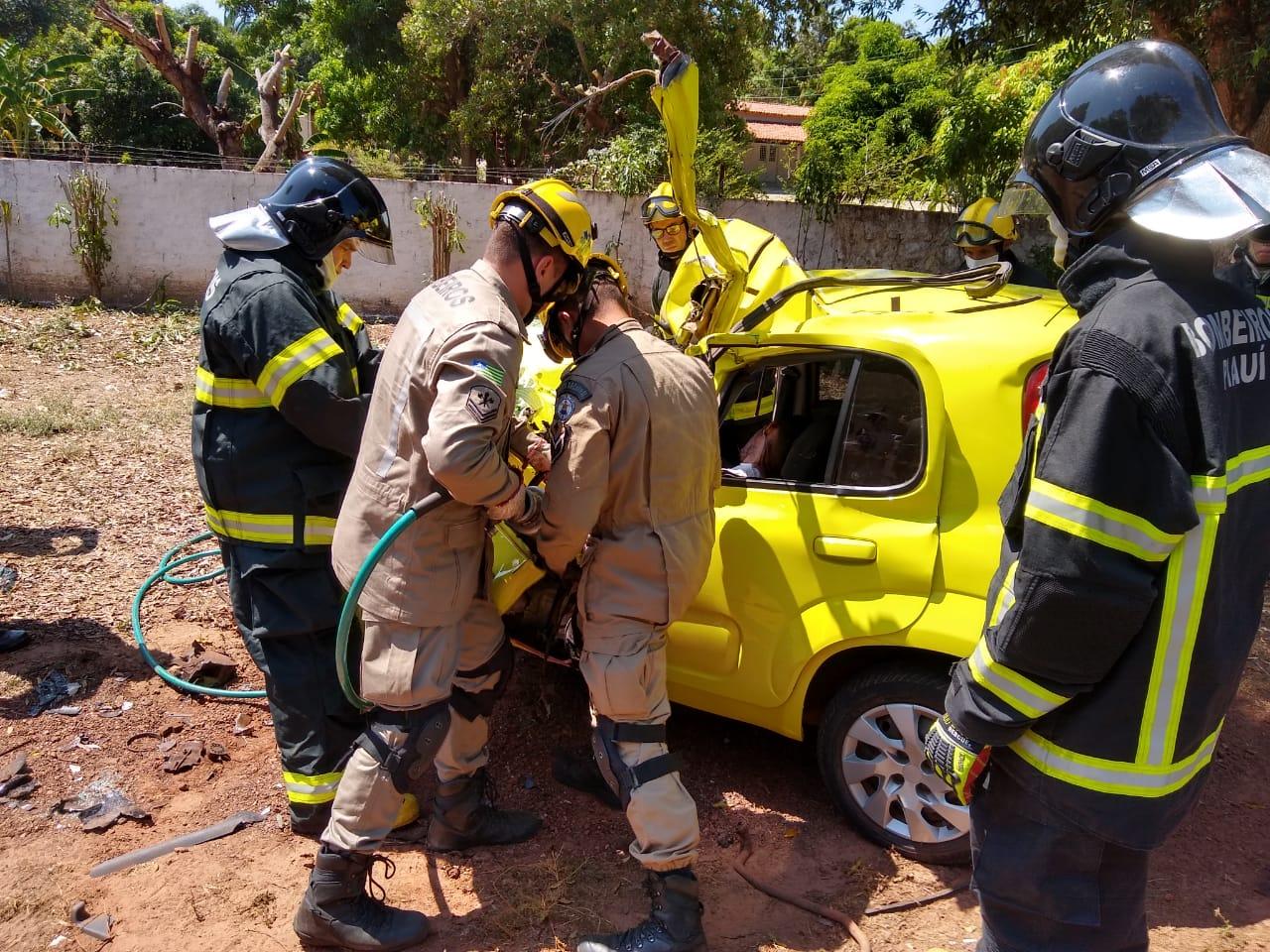Estudante de arquitetura morre em grave acidente na rodovia PI-113 - Imagem 5