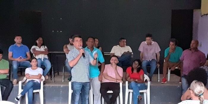 Prefeito instala prefeitura em comunidade da zona rural de Monsenhor Gil