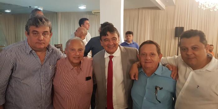 Dr. Wagner Coelho e governador Wellinton Dias se reunem com família do Fernando Monteiro