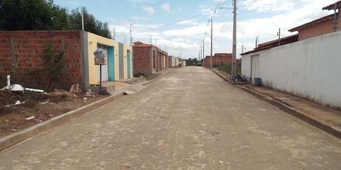 Município beneficiará diversas ruas com calçamento
