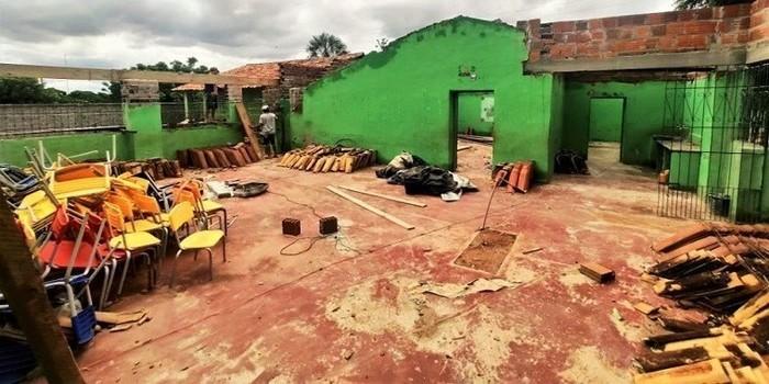 Prefeitura atende reivindicação da comunidade Cipó de Cima e reconstrói escola